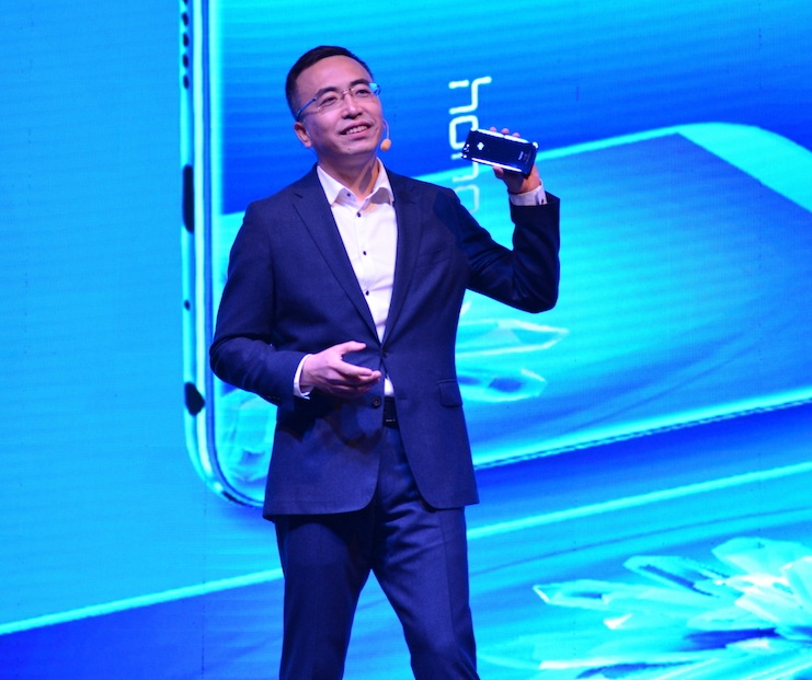 George Zhao, Presiden Honor Global menjelaskan mengenai Honor 9 Lite.