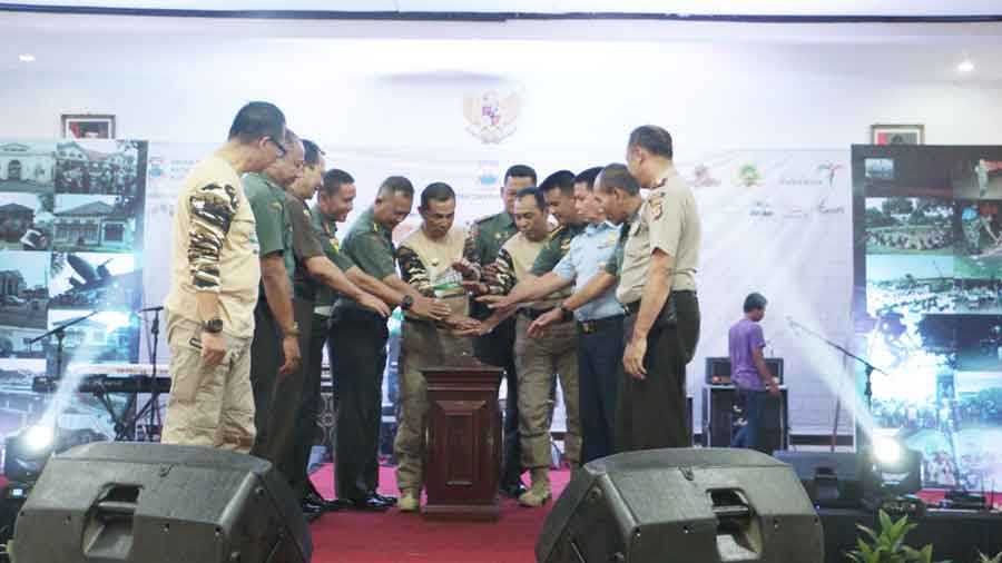 Launching 'Cimahi Military Tourism' di Pusdik Armed, Jln. Raya Baros, Jum'at (14/12/2018).